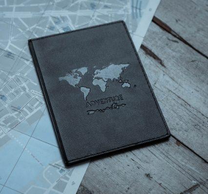 paspoorthoesje-adventure-awaits