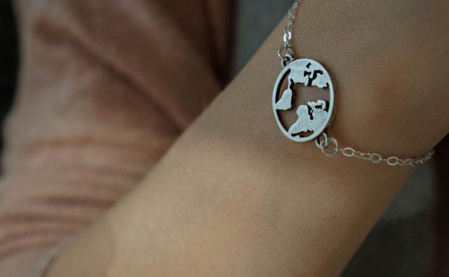 wereldbol armband